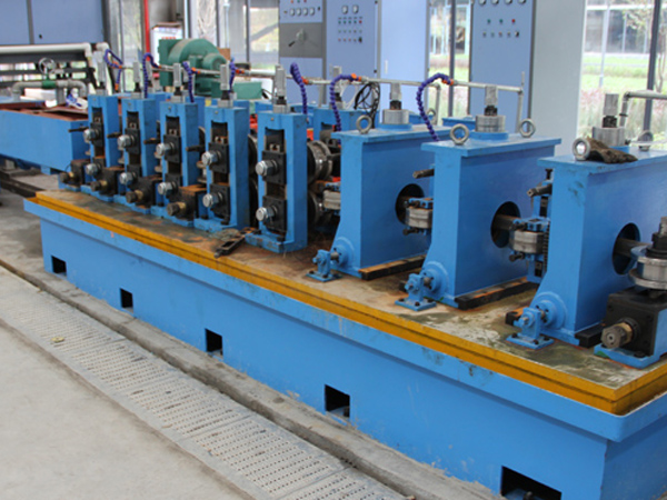 ERW 20 pipe mill machine-1